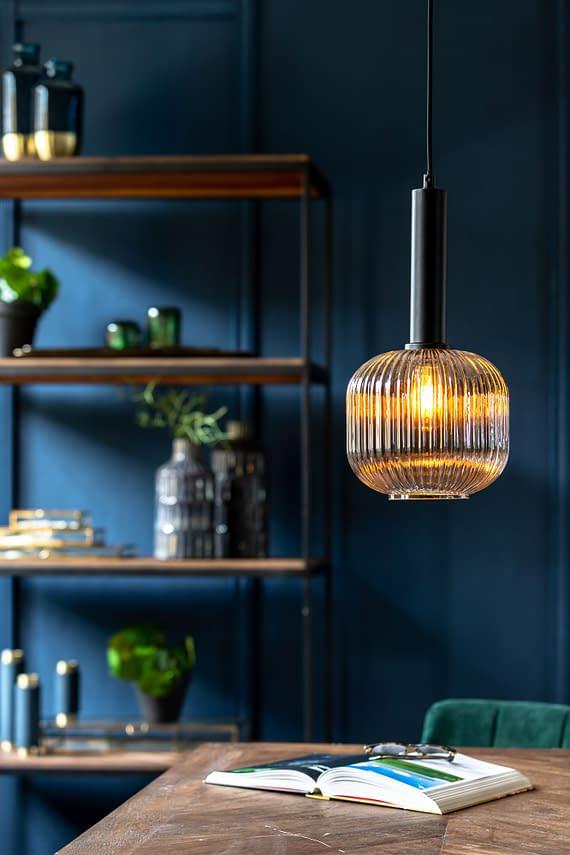 hanglamp zwart geribbeld glas
