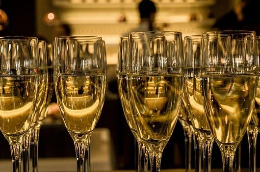 Champagne rij - mousserende wijn blog